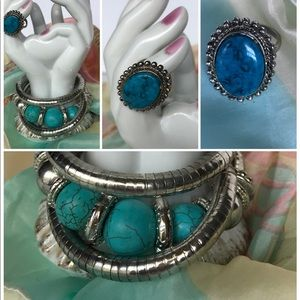 Jewelry - Twisted silver tone bracelet set with turquoise